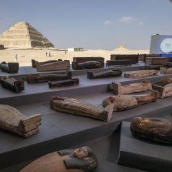 Una vez que sean estudiados por los especialistas, los sarcòfagos van a ser trasladados a tres museos de El Cairo.
