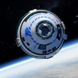 El lanzamiento se realizó mediante un cohete Falcon 9 y una cápsula Crew Dragon.