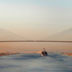 Su construcción logró acortar en casi unos 10.000 kilómetros las comunicaciones marítimas entre Europa y Extremo Oriente.