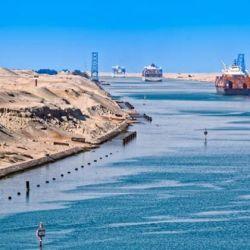 El canal mide 162 kilómetros de longitud, hasta 14 metros de profundidad y de 60 a 100 metros de ancho en su base.