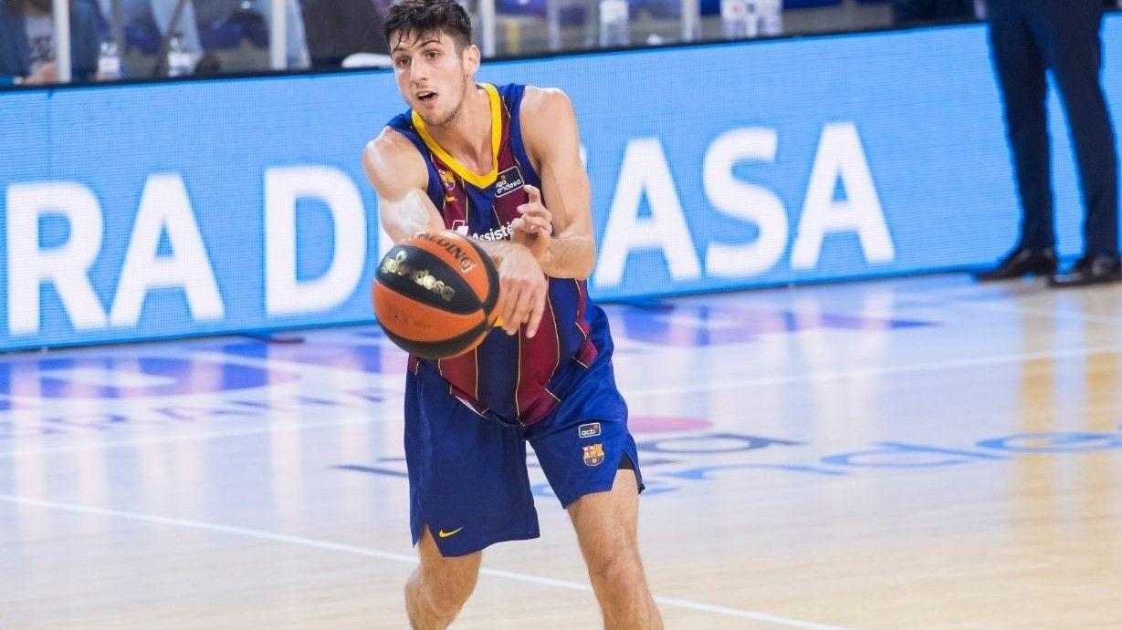 Leandro Bolmaro, la joya argentina que brilla en el Barcelona y podría llegar a la NBA.