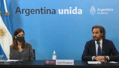 El jefe de Gabinete, Santiago Cafiero, y la titular de la ANSES, Fernanda Raverta, anunciaron el aumento a jubilados.