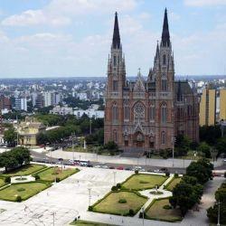 La zona elegida para la instalación de la nueva cuidad fue la de las Lomas de Ensenada, propiedad de Martín Iraola.