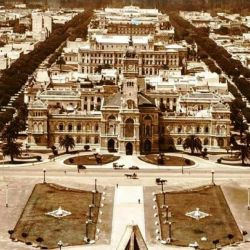 Rocha convocó al ingeniero Pedro Benoit, hombre de su gran confianza y estima, para trazar los planos de la futura capital provincial.
