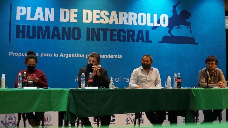 Grabois, organizaciones sociales, la CGT y otros gremios presentaron su plan contra la pobreza.