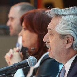 Alberto Fernández con Cristina y Guzmán