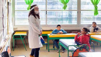 Uruguay implementó la vuelta gradual a clases hace un mes