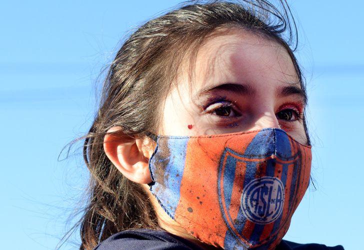 Cánticos. Marcha de hinchas de San Lorenzo. Fotos de Pablo Cuarterolo.