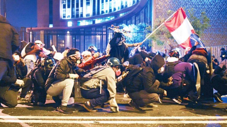 20201121_peru_protesta_ernestojimeneigernestojimenex_g