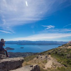 Bariloche ajustó los requisitos para que los viajeros de todo el país puedan ingresar a la ciudad sin inconvenientes.