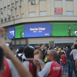 Muere Diego Armando Maradona, portales de Buenos Aires preparándose para despedirlo. | Foto:Pablo Cuarterolo