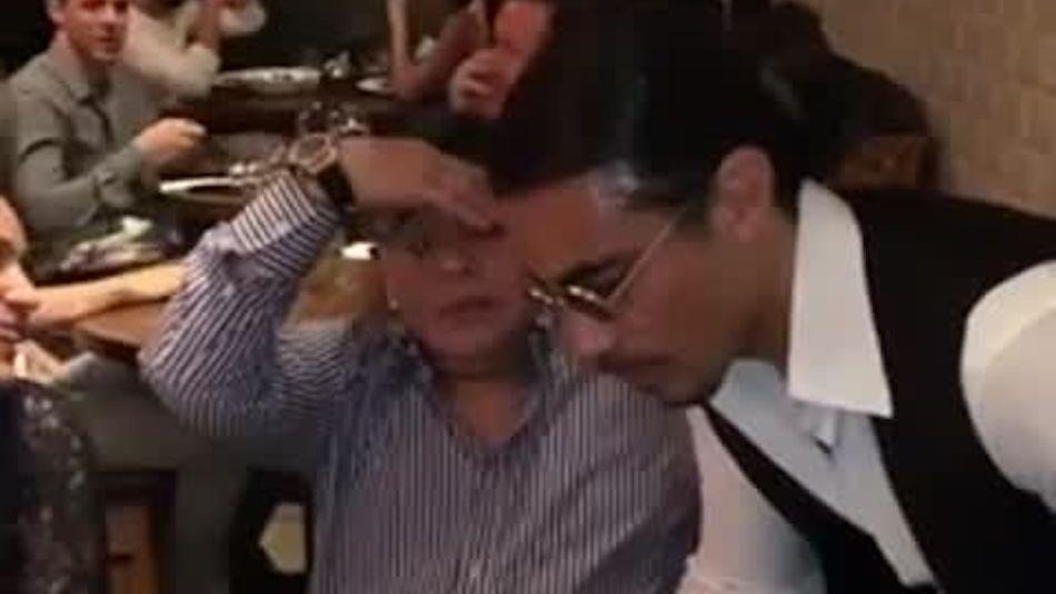 La reacción de Maradona cuando le deshuesaron la carne