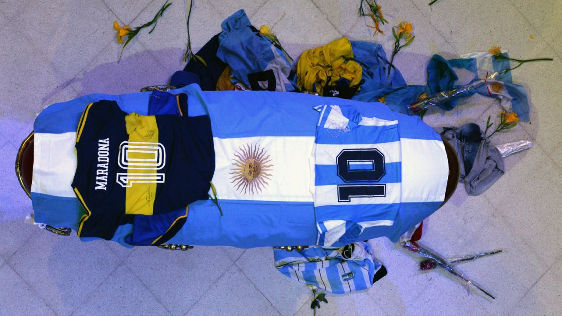 The closed casket, where Diego Armando Maradona's body lies in state, pictured at the Casa Rosada.
