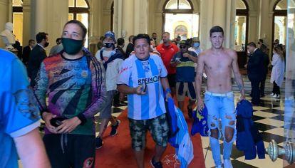 Velatorio de Diego Maradona. Incidentes en Casa Rosada.