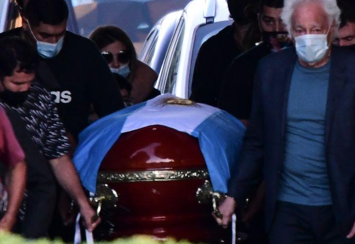 entierro maradona cementerio bella vista g_20201126