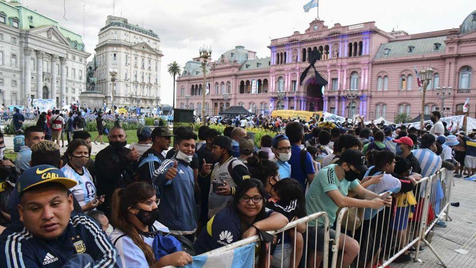 Velatorio de Diego Maradona en casa Rosada 20201126