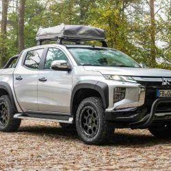 Mitsubishi también ofrece la opción de convertir el L200 en un vehículo de expedición con características específicas.