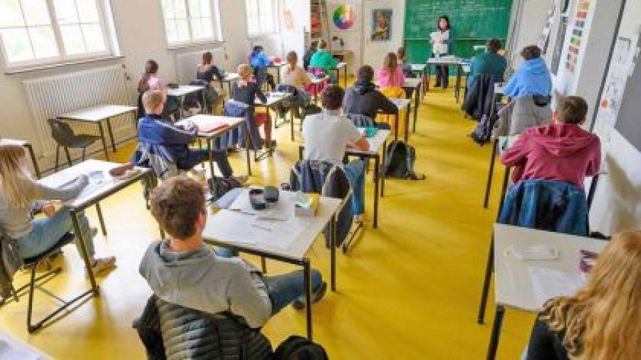Alumnos en clases 2