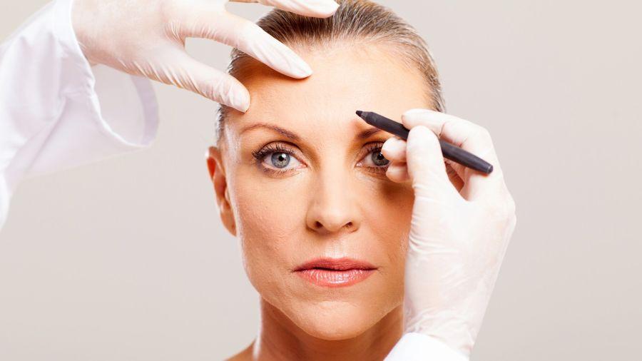 La técnica armoniza el rostro con una serie de procedimientos no invasivos o mínimamente invasivos, terapeúticos y estéticos