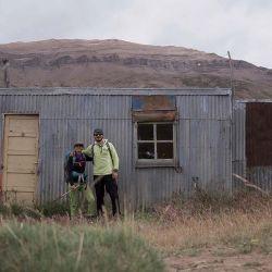 Luego de varias horas llegamos hasta el pequeño puesto abandonado y, a partir de allí, la huella desapareció.