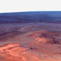 Marte cuenta con reservas de agua salada, que se mantienen en estado líquido incluso a bajas temperaturas debido a las impurezas que contienen.