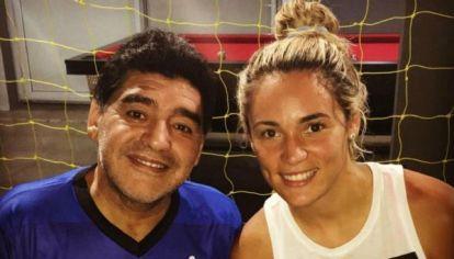 De acuerdo al periodista Luis Ventura, Diego Maradona intentó hasta sus últimos días recomponer su relación con Rocío Oliva.