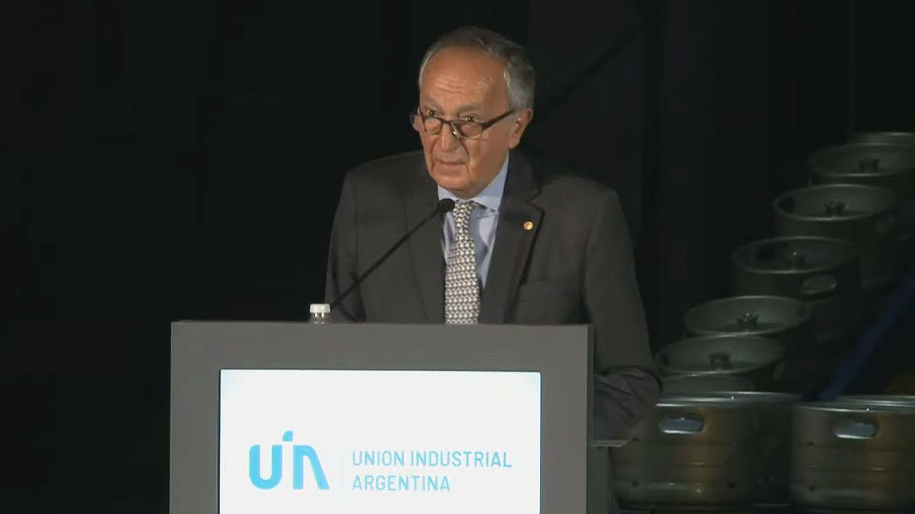 Miguel Acevedo, presidente de la Unión Industrial Argentina.