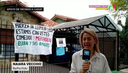 Apoyo vecinal a Leopoldo Luque, el médico de Maradona