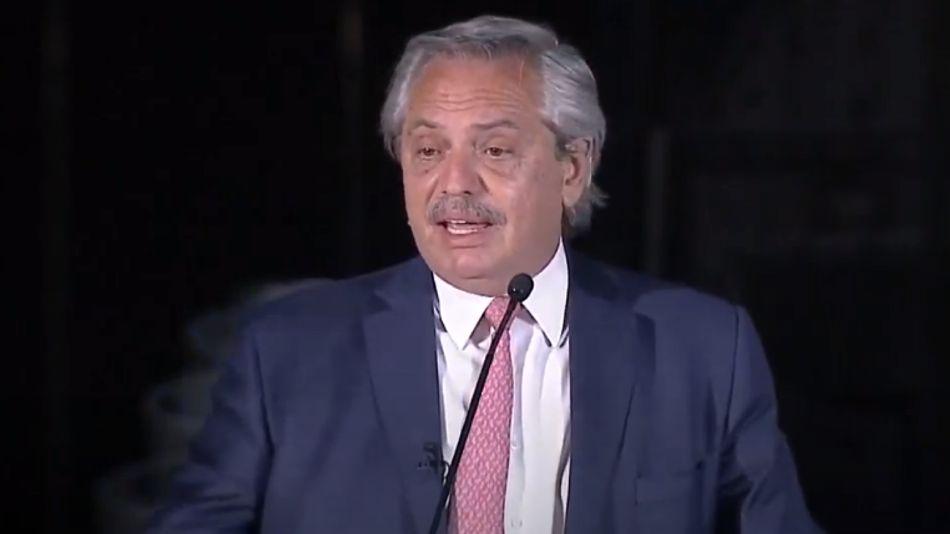 El presidente Alberto Fernández, en el cierre del cónclave de la UIA.