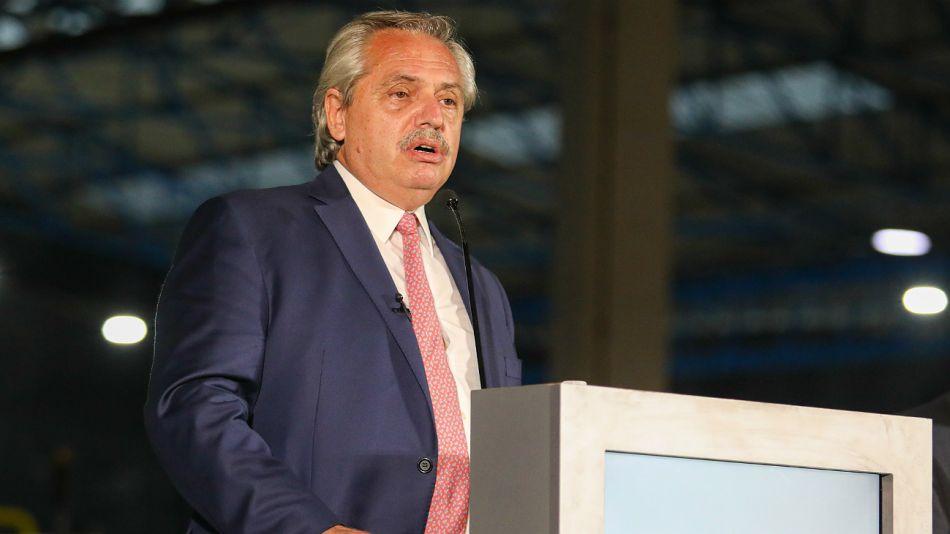 El presidente Alberto Fernández, en la conferencia de la UIA.