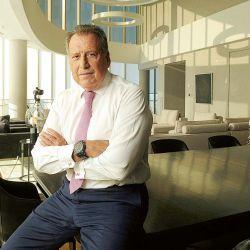 Jorge Brito en su despacho del Banco Macro. | Foto:Marcelo Aballay.