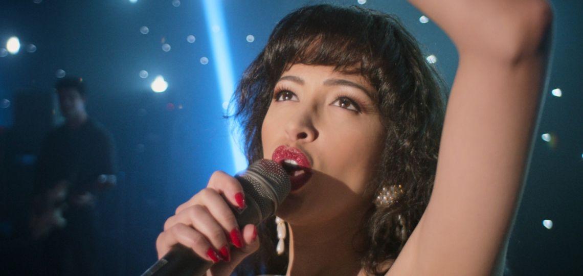 Selena: los 5 mejores looks de la nueva serie de Netflix