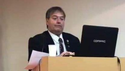 Alejandro Hakim, al asumir la presidencia de la Sociedad de Obstetricia y Ginecología de Buenos Aires.