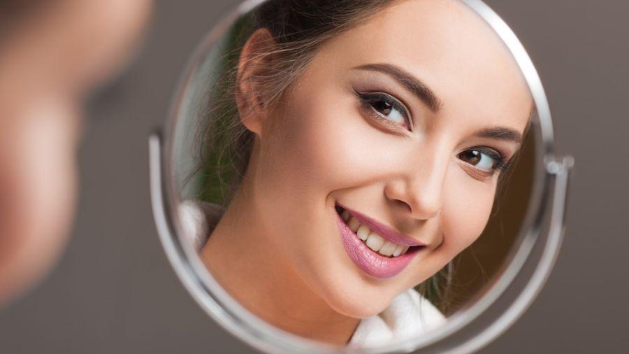 Narcisistas, cómo superar la egolatría
