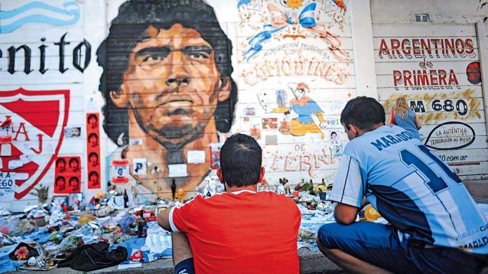 Maradona. Los ídolos deportivos no son necesariamente modelos de vida personal.