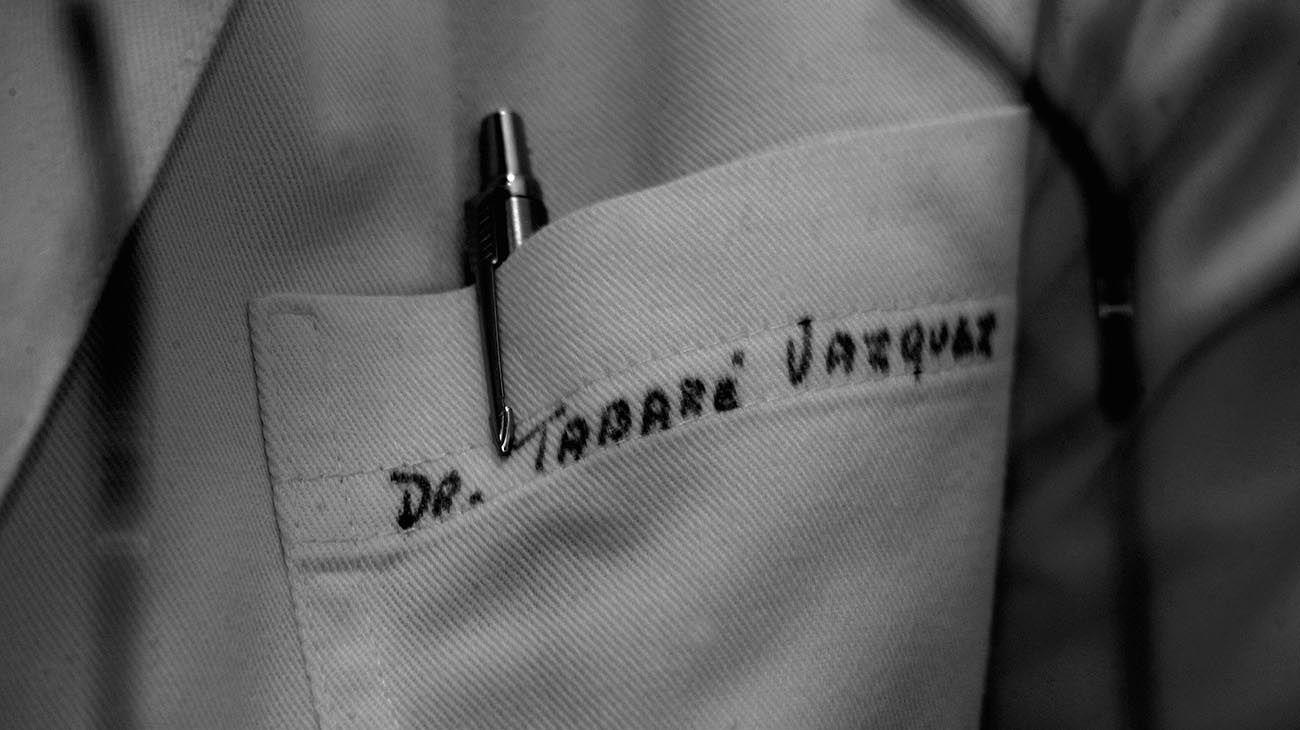 El guardapolvo del médico Tabaré Vázquez