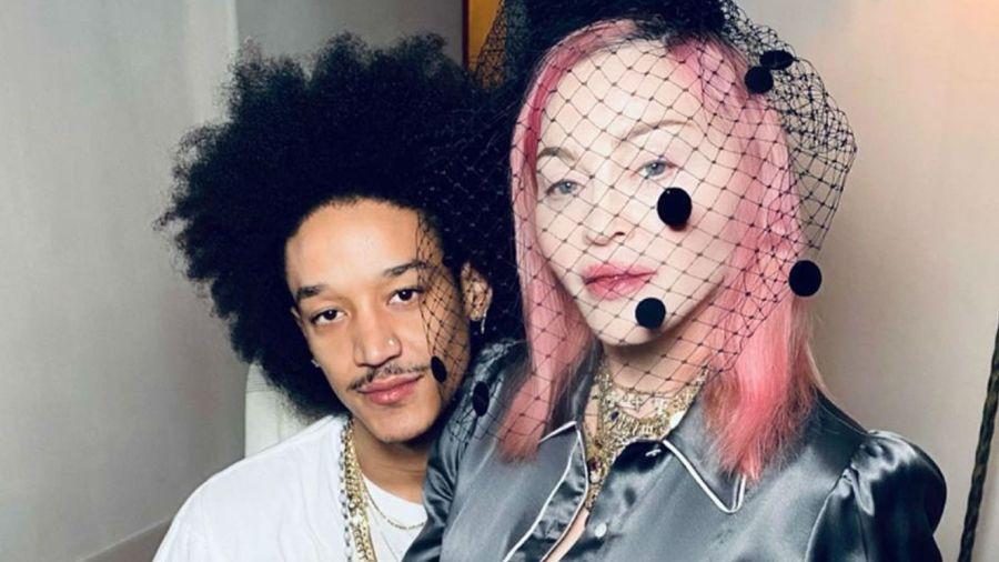 Madonna con su novio