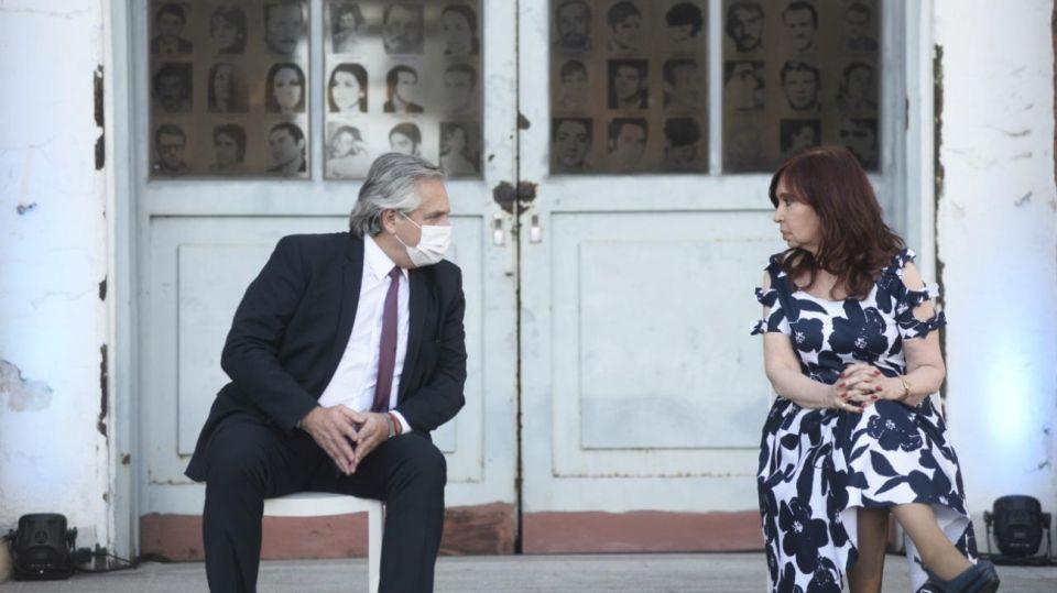 Alberto Fernández y Cristina Kirchner encabezaron un acto en la ex ESMA.