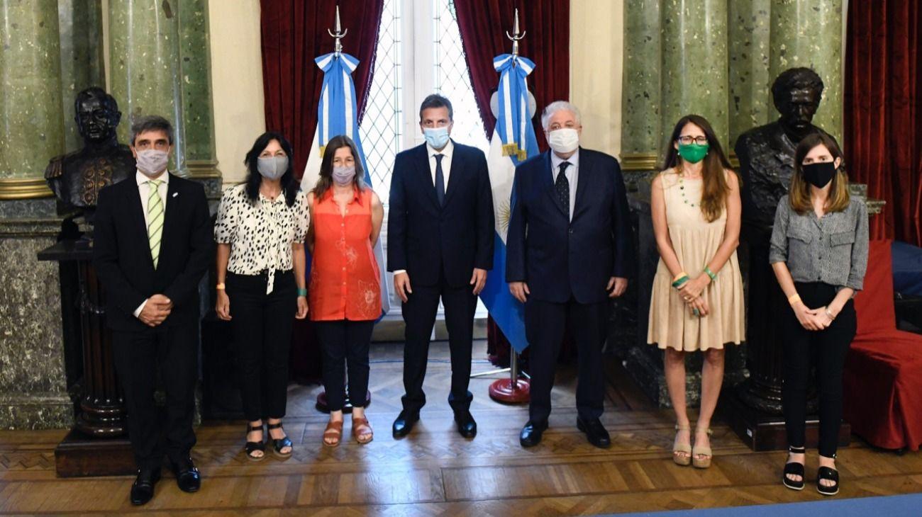 Reunión de Sergio Massa con funcionarios y diputados del Frente de Todos.