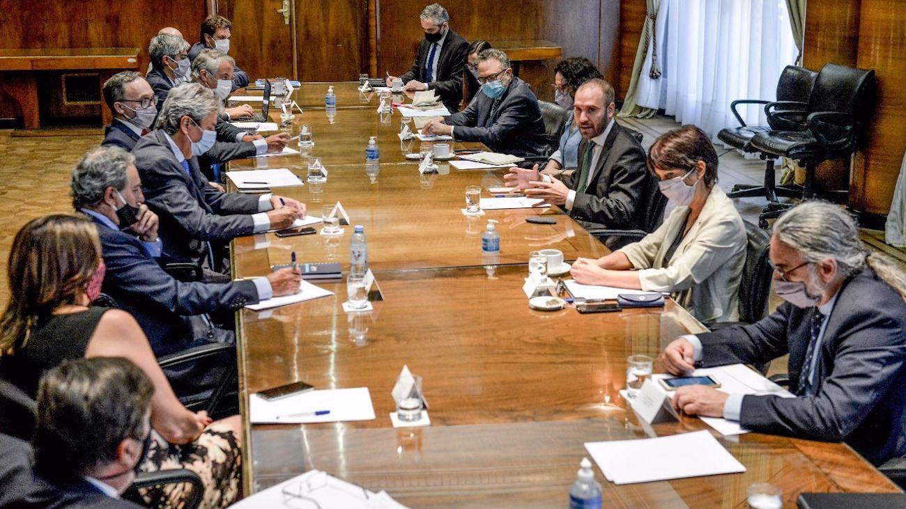El encuentro en el Palacio de Hacienda fue encabezado por Martín Guzmán.