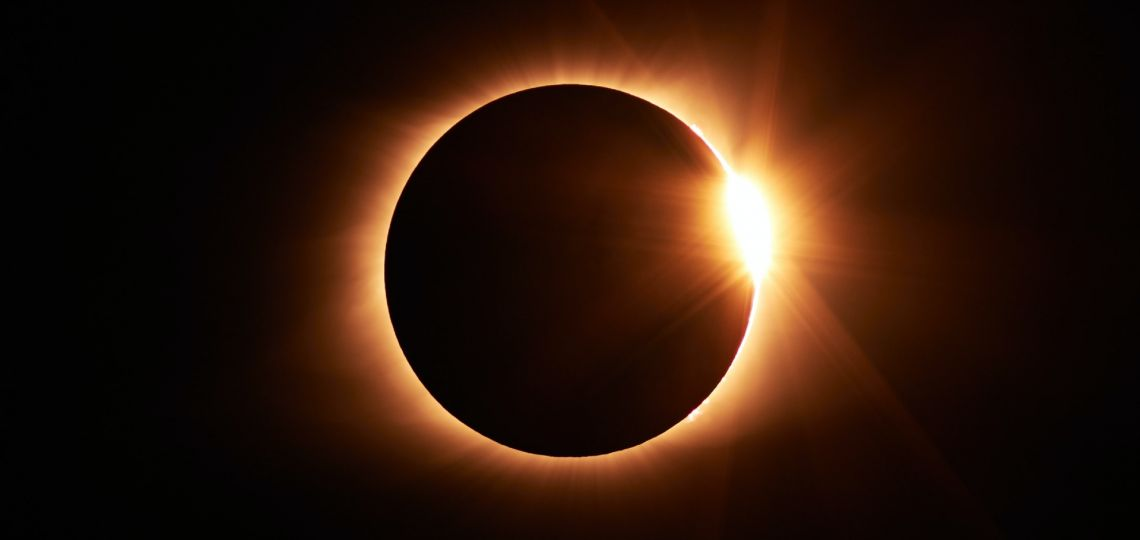 Eclipse Total de Sol: dos creativas maneras de vivir una jornada histórica