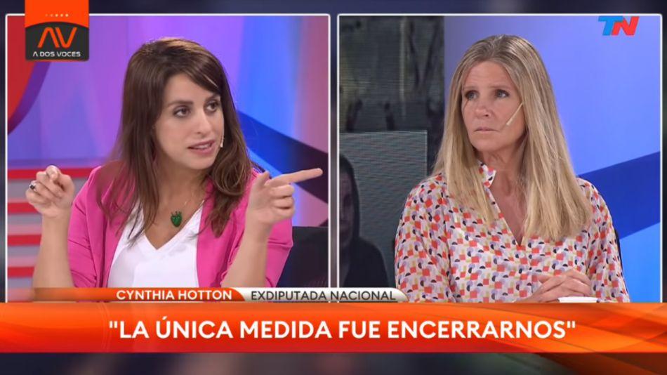 """Donda acusada de discriminación por atacar """"fanatismo religioso"""" de Cynthia Hotton"""
