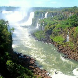 El Acuífero Guaraní que la Argentina comparte junto a Brasil, Uruguay y Paraguay es el tercer reservorio de agua dulce más grande del mundo.