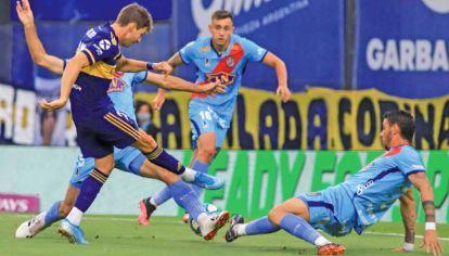 Alternativo. El equipo de Boca con mayoría de suplentes arrancó la Zona Campeonato con un empate.