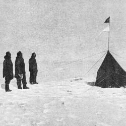 En el tercer intento, Amundsen logró la mayor de sus numerosas hazañas como navegante.