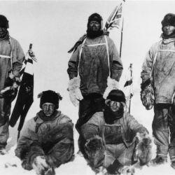Amundsen estuvo acompañado por cuatro exploradores noruegos.