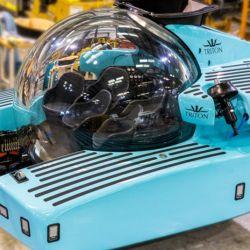 El Triton se mueve gracias a dos propulsores de 12,5 kW cada uno, lo que le permite alcanzar velocidades de hasta 3 nudos.