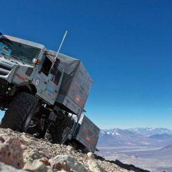 El Unimog utilizado fue el mismo que se usó para subir al monte Ojos del Salado, en Chile.