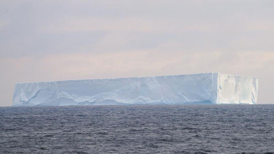 iceberg gigante 20201214