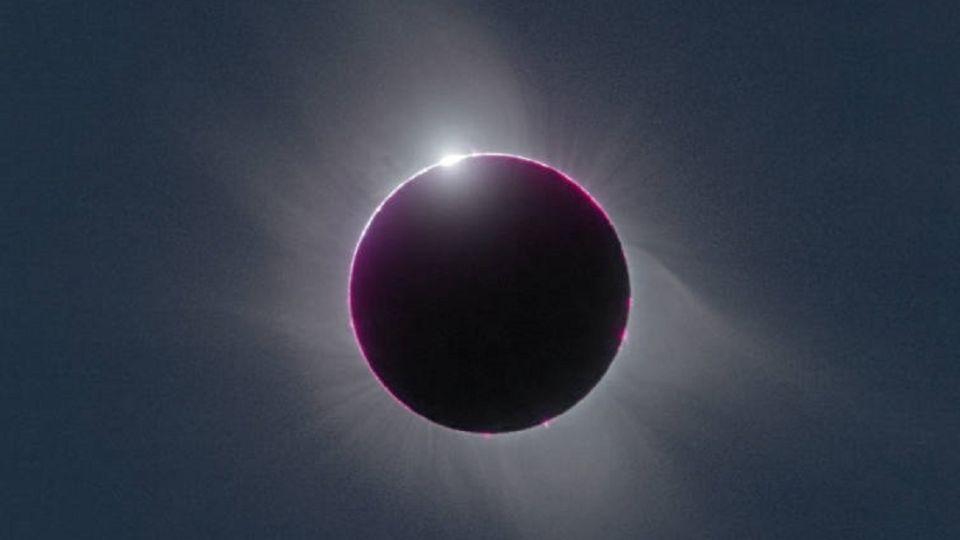 Eclipse solar: no es seguro mirar directamente a los rayos del sol, incluso si el astro está parcialmente oscurecido.